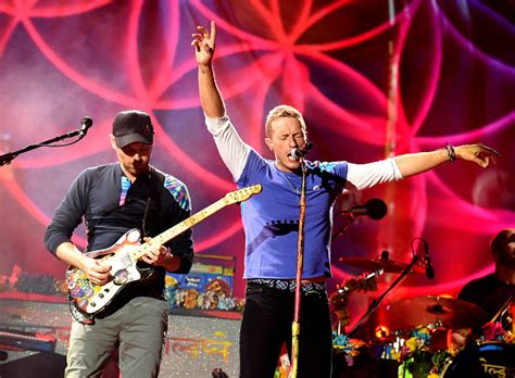 coldplay biography in english coldplay in korea british rock band pays tribute to sewol