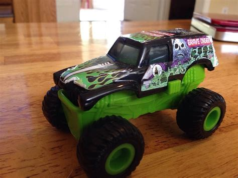 trucks grave digger bad to the bone wheels jam truck green grave digger bad to the