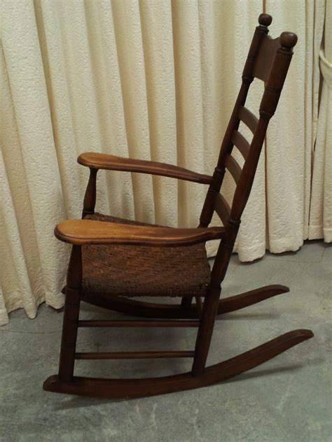 Antique Maple Rocking Chair by Antique Maple Rocking Chair With Original Split Hickory