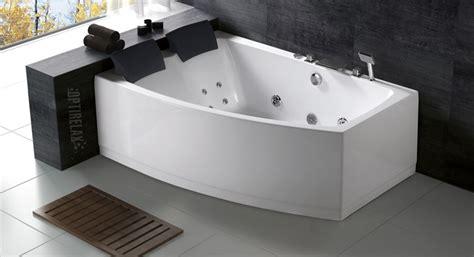 whirlpool badewannen optirelax premium whirlpools pools sauna