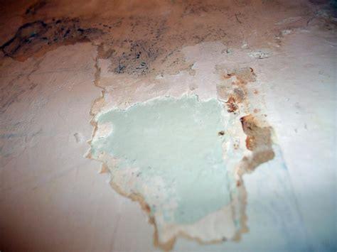Comment Décoller Tapisserie by Dcoller Tapisserie Cool Recoller Papier Peint Decolle D