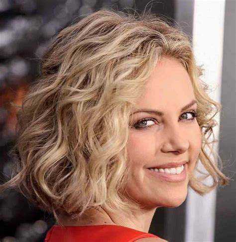 curly hairstyles book short to medium hairstyles 2014 short to medium curly