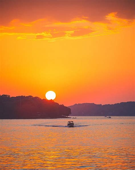 days lake of the ozarks lake of the ozarks two day itinerary midwest living