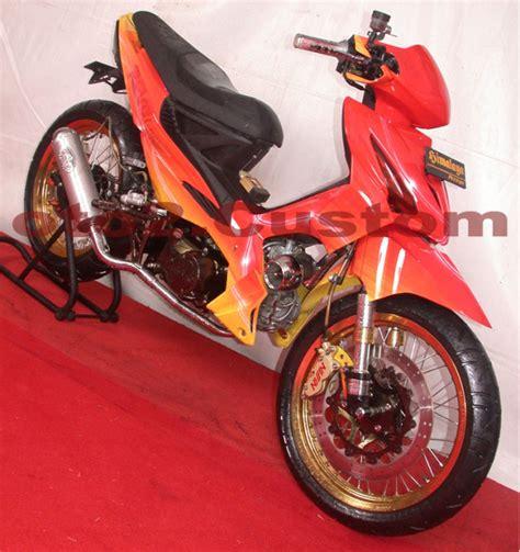Mio Sporty 2005 Merah beragam tips sepeda motor terhangat modifikasi revo