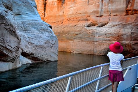 lake powell private boat tours canyon adventure package lake powell resorts marinas