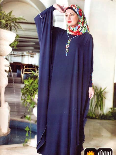 Jilbab Saudi Bd Flower v neck tight sleeve brown top center cut butterfly abaya style fashion ideas