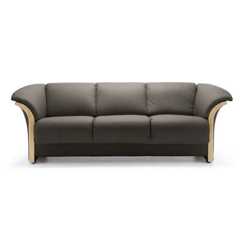 ekornes sofa ekornes manhattan sofa ironhorse home furnishings