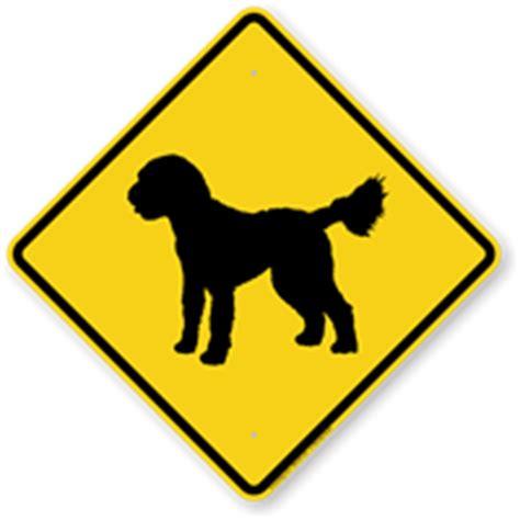 doodle crossing sign golden doodle symbol sign guard sign beware