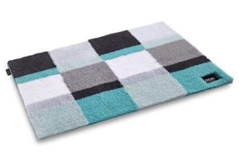 teppich läufer schwarz weiß schlafzimmer gestalten in blau