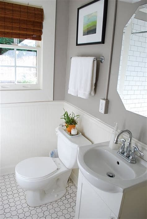 floor tile beadboard bathroom