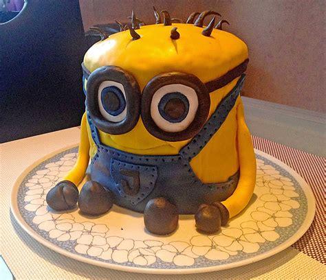 3d kuchen rezept 3d minion torte rezept mit bild buttercup 2310