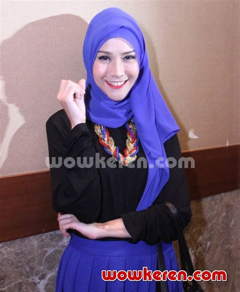 Zaskia Adya Mecca Baju Muslim foto zaskia adya mecca di acara fashion show busana muslim foto 51 dari 57