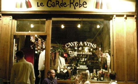 Bar Le Garde Robe by Un Bar 224 Vins Le Garde Robe The Kitchen Around The Corner