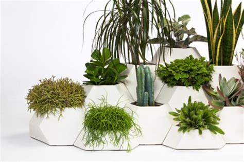 Planters For Small Spaces by Ma Ce Ta Puzzle Planters For Compact Spaces Digsdigs
