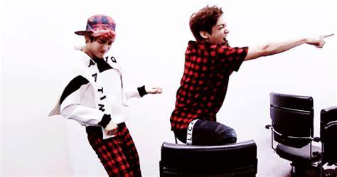Kaos Kpop T Shirt Bts Nickname Bangtan Bomb V friendly reminder from jungkook that he s still 17 16 in usa terms bts