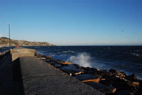 previsioni meteo porto vecchio sanremo chiuso stanotte il porto vecchio per la