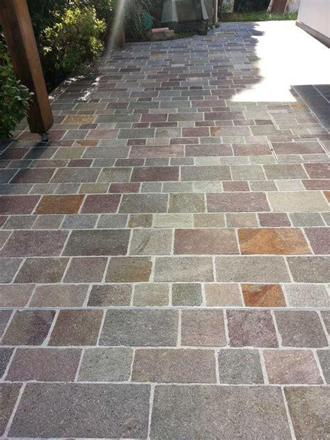 pietra per pavimenti esterni pavimenti in pietra naturale per esterni maprocol