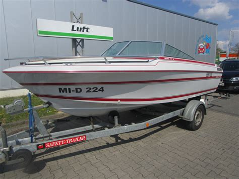 used power boats used dolphin power boats for sale boats