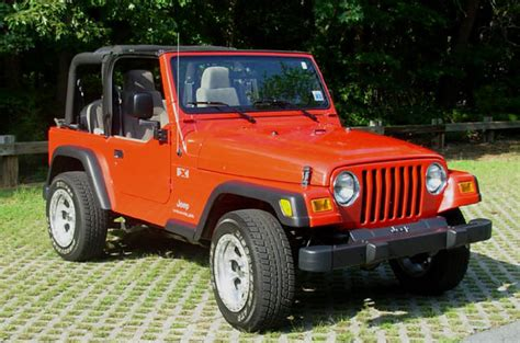 where to buy car manuals 2004 jeep wrangler transmission control 2004 jeep wrangler overview cargurus