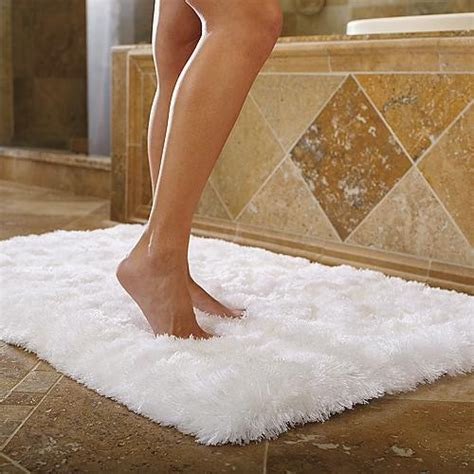 badewanne teppich bath rug traditional bath mats by frontgate