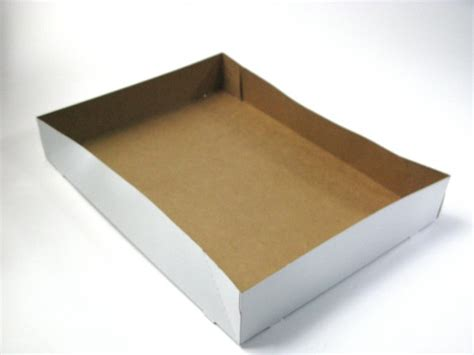 cardboard open donut tray      plastic container