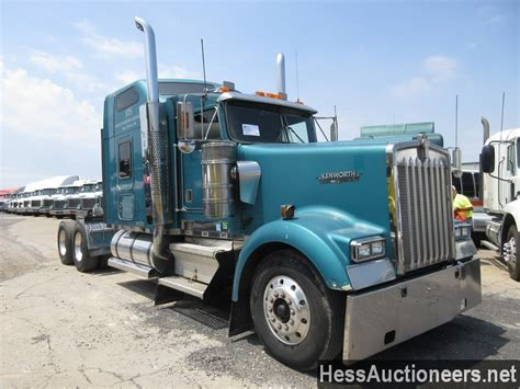 trailers kenworth for sale used 2000 kenworth w900 tandem axle sleeper for sale in pa