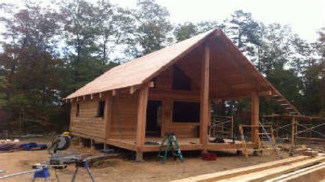 cedar log cabin cedar log cabin trapper the grid log cabins