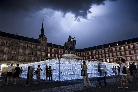 home design plaza mayor luzinterruptus constructs a labyrinth of plastic waste in