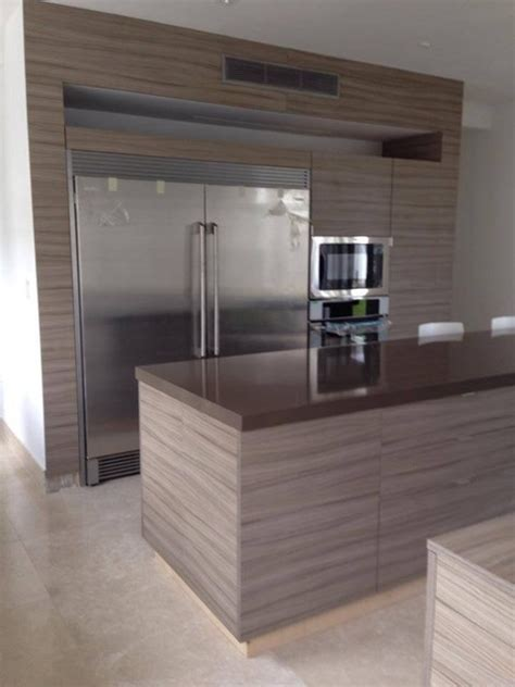 Kitchen Under Cabinet Lights by Kitchen Grey Gloss Acrylic And Textured Grey Melamine Doors