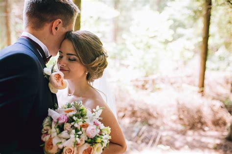 Free Wedding Photos by 結婚式準備の参考に インスタグラムで人気のハッシュタグ