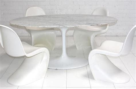 Marble Look Dining Table Www Roomservicestore Eero Saarinen Style Oval Marble Pedestal Dining Table