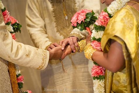 Malayalee Wedding Ceremony at Thean Hou Temple: Manika