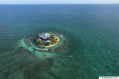 2500 Square Foot House Florida S East Sister Rock Island Could Be Yours For 16