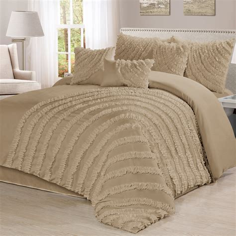 Homechoice Comforters by Homechoice International 7 Comforter Set