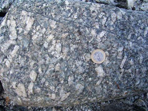 mont blanc granite file montblanc granite phenocrysts jpg wikimedia commons