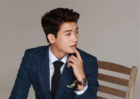 film baru park hyung sik park hyung sik speaks up on rumors that he is a chaebol