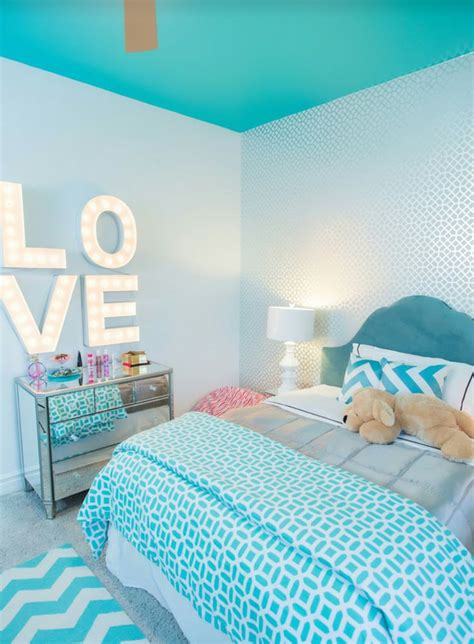 Aqua Bedroom Decorating Ideas by Best 25 Turquoise Bedrooms Ideas On Turquoise