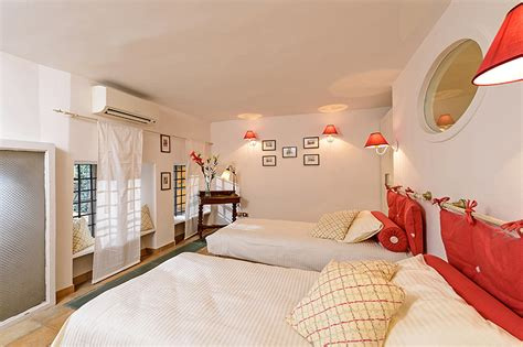 the second room second bedded room of panoramic terraced rome navona co de fiori turtles four
