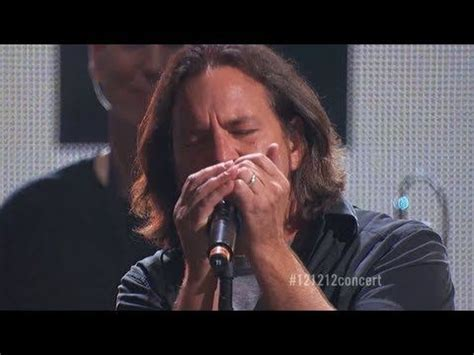 comfortably numb eddie vedder 17 best images about roger waters on pinterest 70th