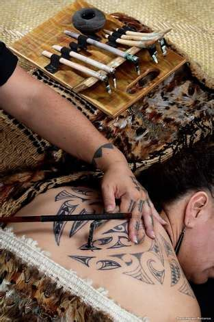kakau tattoo history new flights to new zealand highlight hawaii s maori ties