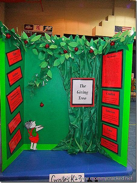 tri fold book report projects 17 best ideas about tri fold poster board on
