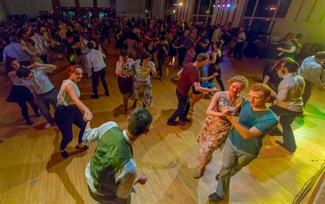swing dance lessons boston lindy hop swing dance classes in boston 01 09 17