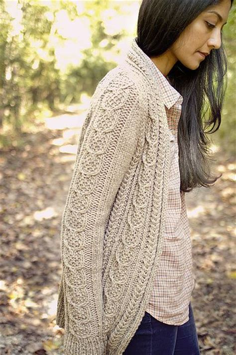 cable knit sweater pattern 1667 best knitting for images on knit