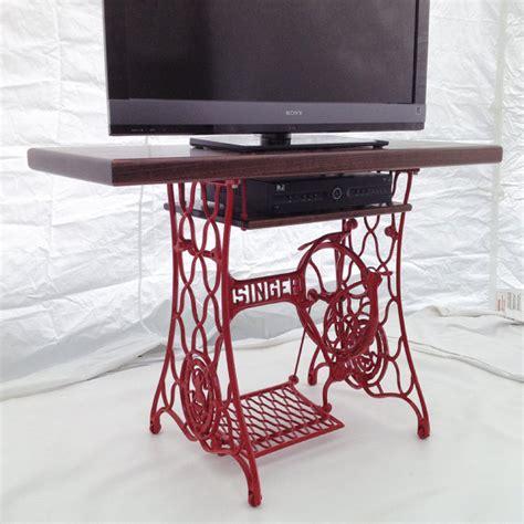 Supérieur Meuble De Salle Bain Pas Cher #5: Meuble-television-machine-a-coudre-table-singer.jpg