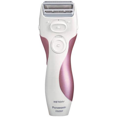 how to use ladies shaver image amazon com panasonic es2207p ladies 3 blade quot close curves
