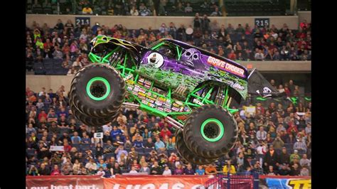 monster truck jam orlando monster jam orlando fl 2014 field of trucks youtube