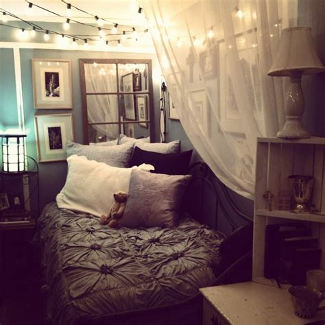 how to make a small bedroom cozy cozying up a small bedroom via tumblr bedrooms