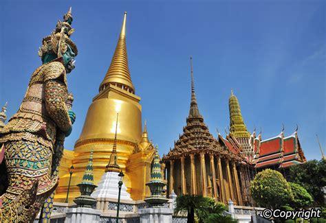 thai palace for sharing knowledge the grand palace bangkok thailand