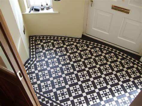 edwardian bathroom floor tiles services dy tiling services tiler somersetdy tiling