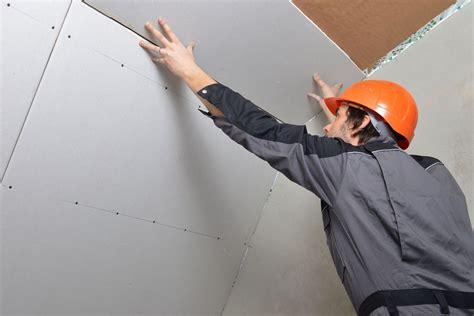 Pose Plaque Ba13 Plafond by Faux Plafond Ba13 Caract 233 Ristiques Installation Prix